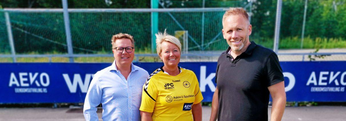 Andreas Wilsgård, Arne Erik Rønningen og daglig leder i Oppegård idrettslag Hege Frøyna